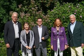 Bad Homburg Wetter Gartenparty Mit Dr Ruppert Bei Der Familie Lange Meldungen Fdp