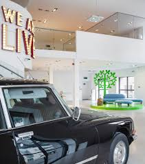 employing striking details to shape a creative office space design