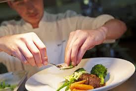 commis de cuisine salaire devenir commis de cuisine salaire missions compétences fiche