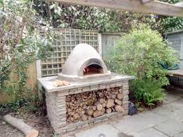 how to make your own rustic cob oven with darron