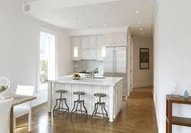 cuisine petits espaces deco cuisine petit espace idées de design maison et idées de meubles