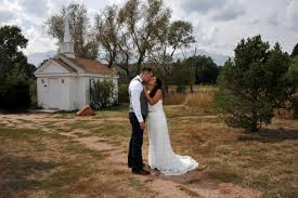 Wedding Venues In Colorado Springs Elope In Colorado Colorado Wedding Packages Elopement Packages