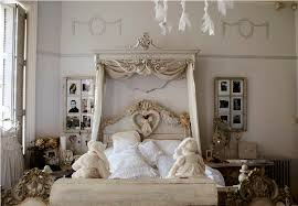 Bed Canopy Crown Canopy Bed Crown Molding Into The Glass Creative Bed Crown Canopy