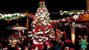 Christmas Lights In Torrance The Best Holiday Lights In Los Angeles Discover Los Angeles