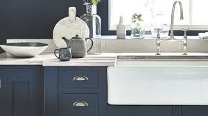 peinture element cuisine bleu dans la déco osez la peinture bleue côté maison
