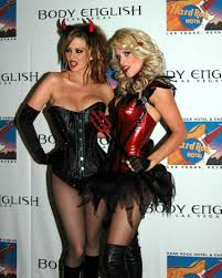 jenny mccarthy halloween party jenny mccarthy wallpaper the wallpaper
