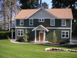 zspmed of house color with light brown roof