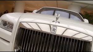 roll royce brunei why china u0027s car buyers love ultra rolls royce cars youtube