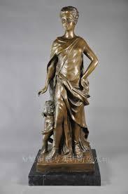statue femme woman sculpture bronze dress up mother with son