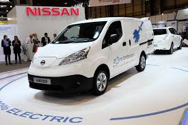 nissan commercial van british gas impressed with nissan electric vans buys 100