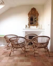 bureau en rotin atelier vime ensemble de quatre fauteuils en rotin