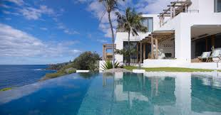 infinity pool beautiful waterfront home in coogee australia