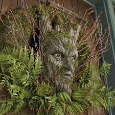 creepy dark forest wreath the green head