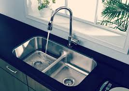 Benefits Of Choosing Stainless Steel Sink For Your Kitchen - Choosing kitchen sink