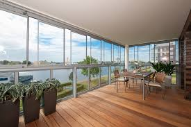 balkon wetterschutz glasfaltwände für terrasse und balkon mester bielefeld