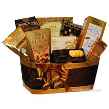 anniversary gift basket buy anniversary gift baskets treats