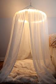How To Hang Curtains Around Bed by Diy 32 Diy Canopy Beds Diy Canopy Bed Curtains Around The Bed