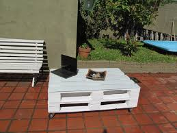 Outdoor Furniture Made From Pallets by 20 Diy Pallet Coffee Table Ideas