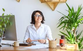 plantes bureau des plantes au bureau pour améliorer le bien être au travail
