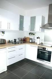 cuisine blanc laqué et bois cuisine blanc laque et bois cuisine equipee blanche cuisine blanche