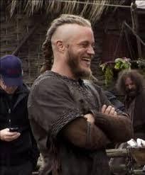 travis fimmel hair vikings travis fimmel on set for vikings travis fimmel pinterest