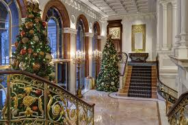 Decorated Christmas Tree Delivery Nyc by Best Christmas Hotels For Spending The Holidays In Nyc