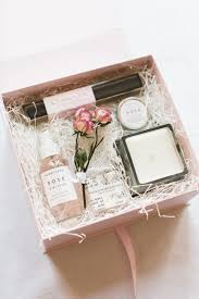 gift boxes best 25 gift boxes ideas on diy gift box diy beauty