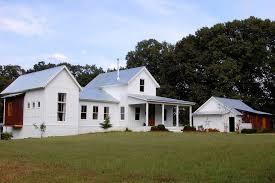 Metal Paint Exterior - farmhouse paint exterior farmhouse with corrugated metal front