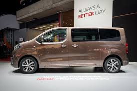 cars toyota 2016 nine things to know about the nine seat toyota proace verso