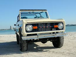 jeep wrangler beach cruiser chris forte u0027s 1975 bronco beach cruiser off road xtreme