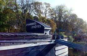 chambre d hotes peniche au bord du canal tout metz