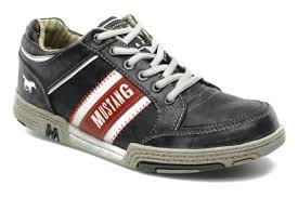 mustang shoes mustang shoes matias grey trainers chez sarenza 104575