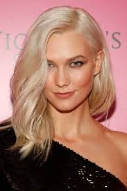 karlie kloss hair color karlie kloss hair transformation 8 times the model was hair