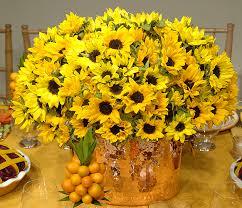 Sunflower Centerpiece Sunflower Centerpieces For Late Summer Picnic Prestonbailey Com