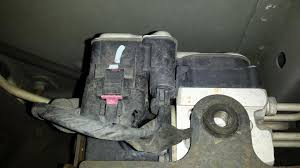 abs and brake light on dodge ram 1500 2003 gmc yukon abs control module failure 4 complaints