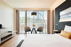 chambre lyon prestations de l hôtel lyon marriott hotel cité internationale