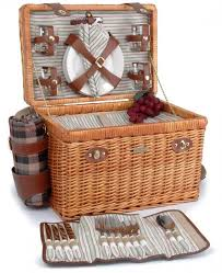 picnic basket for 4 beyond enchanted evening collection 4 person willow picnic basket