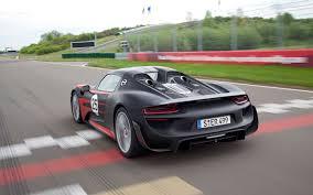porsche spyder 2015 porsche 918 spyder first drive motor trend
