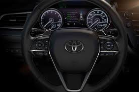 toyota credit canada phone number 11 cool facts about the 2018 toyota camry motor trend