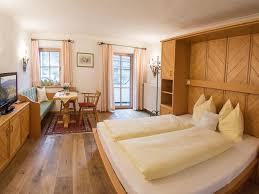 M El Martin Schlafzimmer Angebote Appartementhaus Dürnberger Kössen