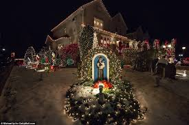dyker heights showcase lights displays daily mail