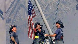 Holding The Flag Watch The Ground Zero Flag Video Brad Meltzer U0027s Lost History