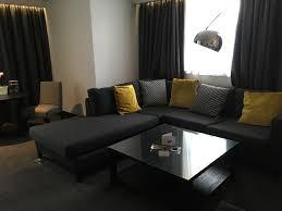 The Livingroom Edinburgh Review Of The Radisson Blu Edinburgh Royal Mile Hotel Mommy Points