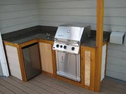 building outdoor kitchen cabinets 17 outdoor kitchen plans turn your backyard into entertainment zone