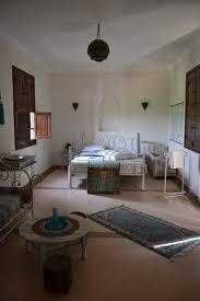 chambre de luxe avec chambre de luxe avec hammam privé photo de riad couleur
