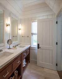 Bungalow Bathroom Ideas by Craftsman Bathroom Design 17 Best Ideas About Craftsman Style