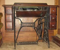 Antique Singer Sewing Machine Table 1912 Antique Singer Sewing Machine Made In Scotland