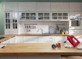 how to remove polyurethane from kitchen cabinets how restore the finish on kitchen cabinets without stripping