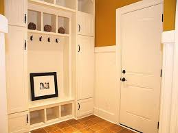 Built In Bench Mudroom Entryway Bench With Storage U2014 Modern Home Interiors Best Ideas