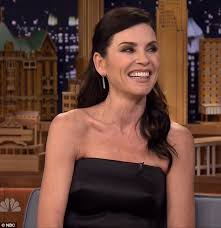 julianna margulies new hair cut julianna margulies reveals unusual hair product to look wet on